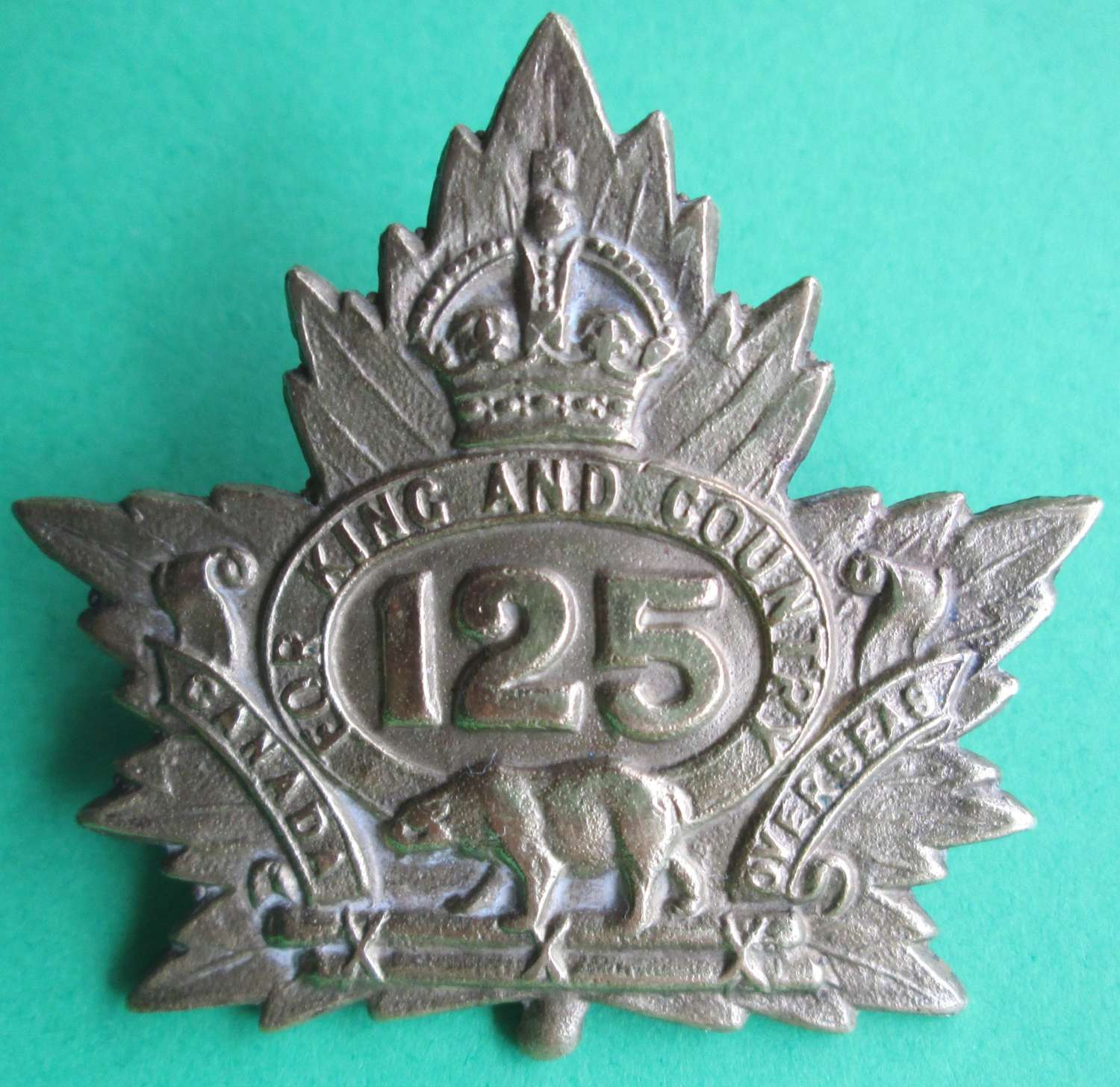 A CANADIAN 125TH INFANTRY BATTALION BADGE