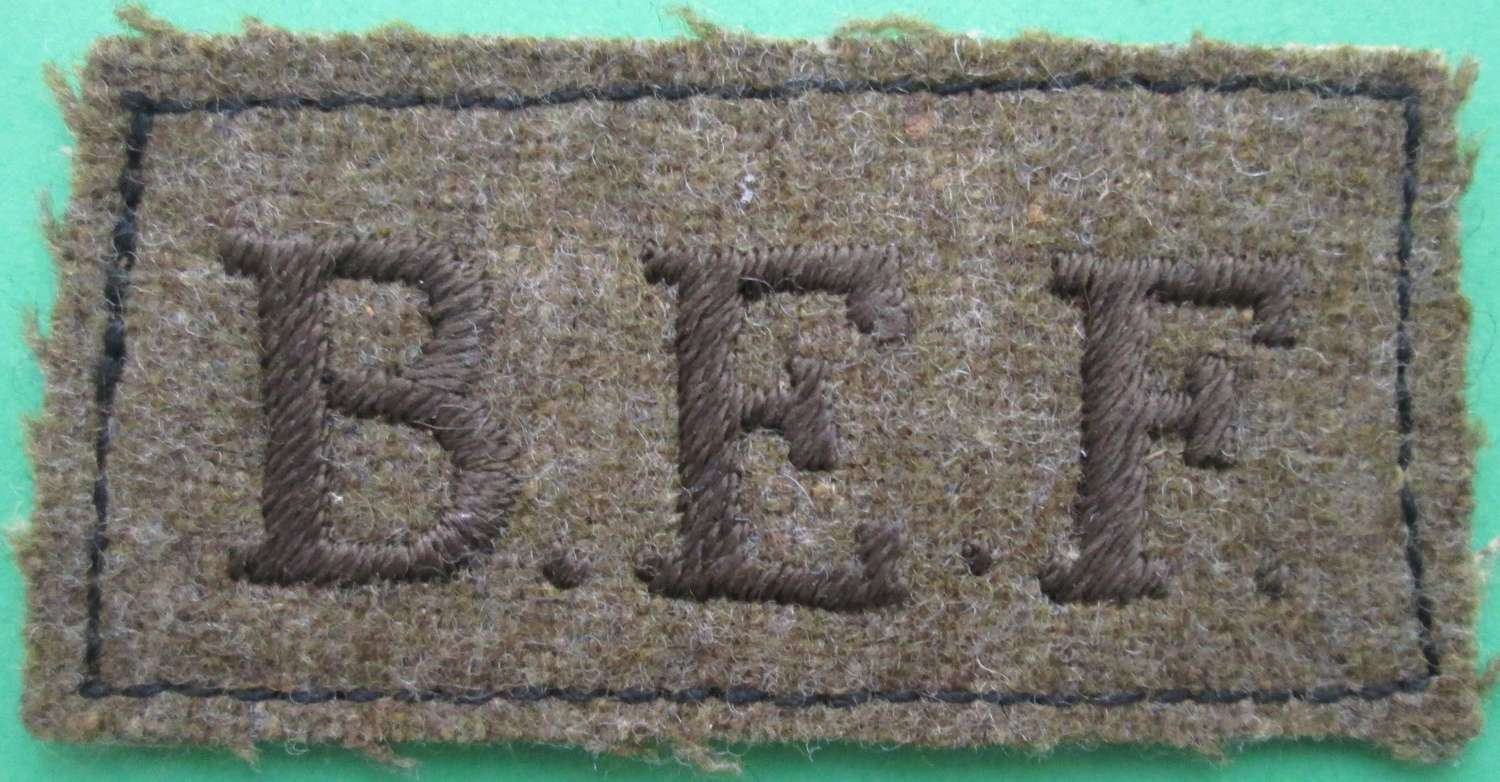 A SLIP ON SHOULDER TITLE FOR THE BRITISH EXPEDITIONARY FORCE