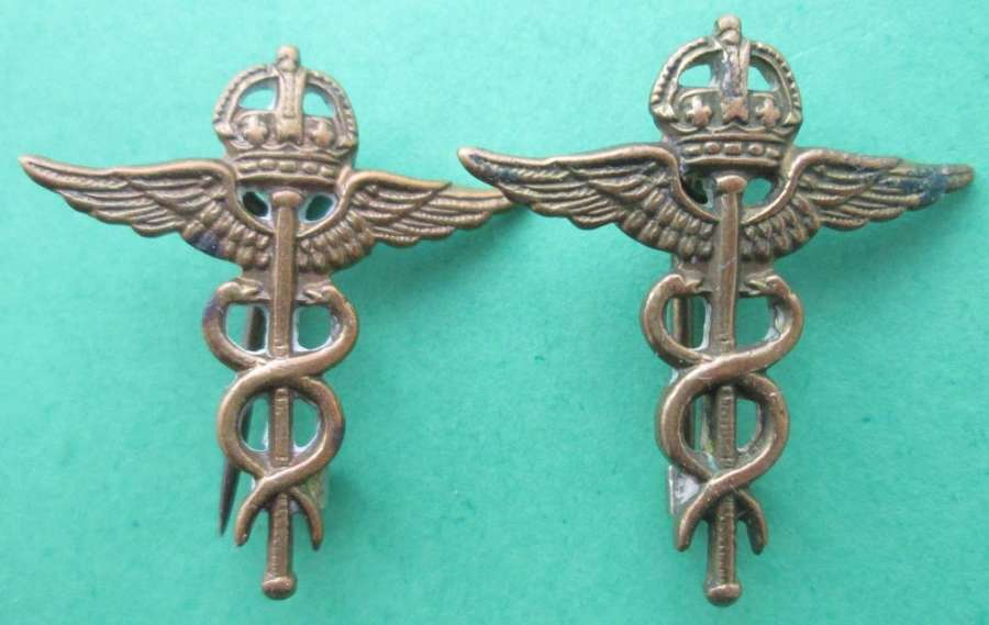 A PAIR OF RAF MEDICAL COLLAR DOGS