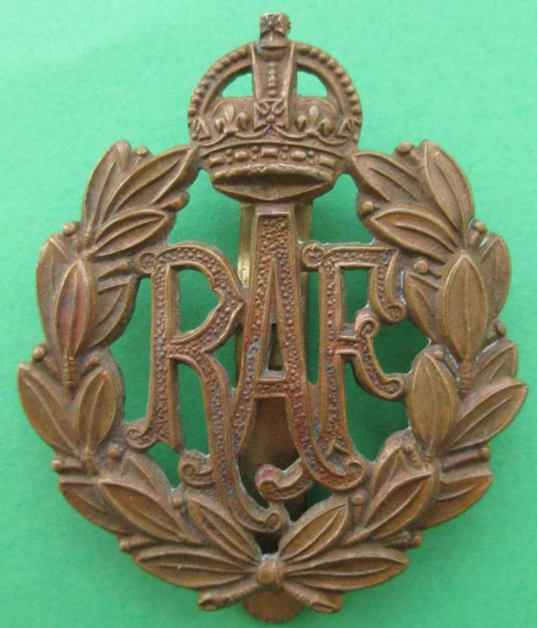 A SCARCE EARLY EXAMPLE OF THE RAF CAP BADGE SLIDER  FIT