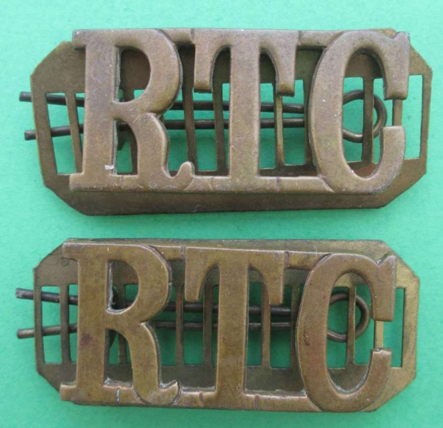 A PAIR OF PRE WWII ROYAL TANK CORPS METAL TITLES