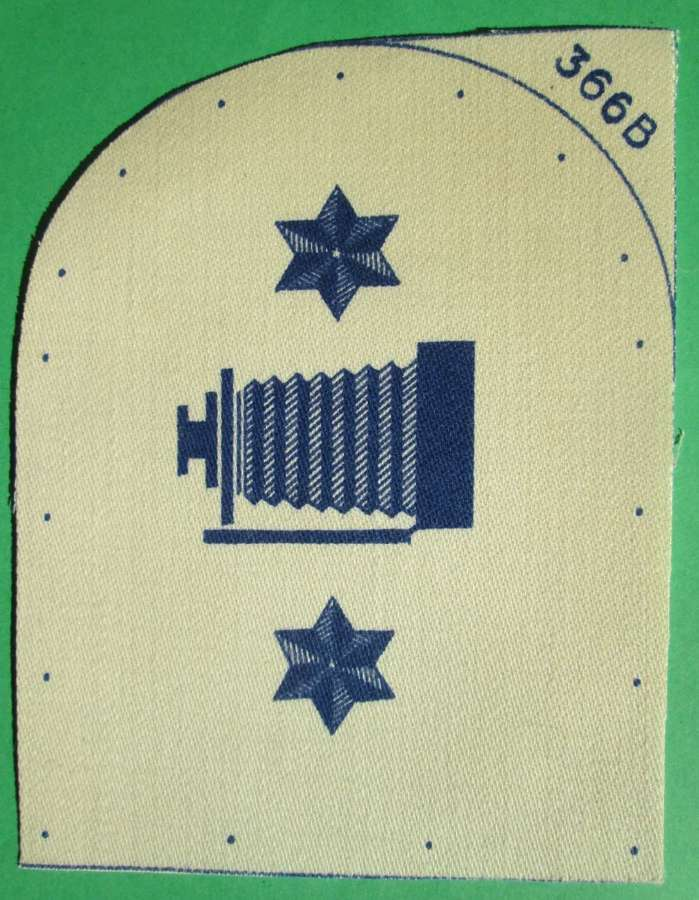 A WWII NAVAL PHOTOGRAPHERS 2ND CLASS TRADE BADGE