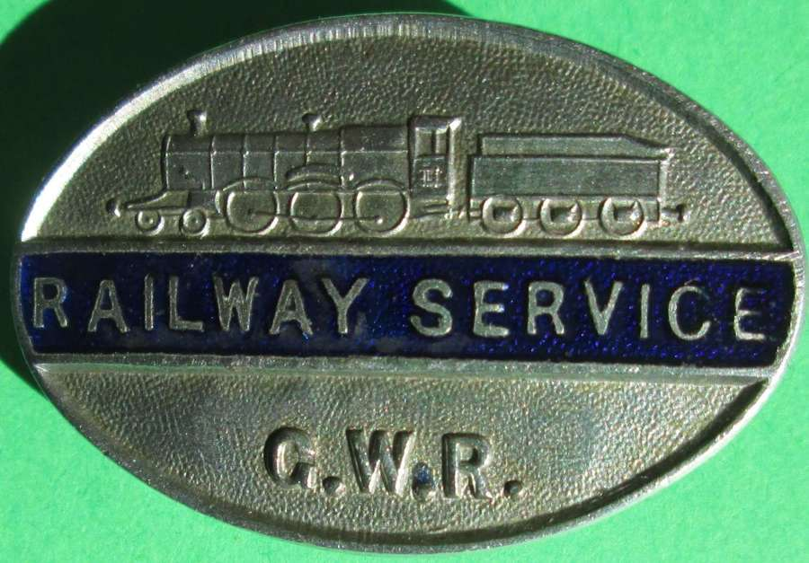 A RAILWAY SERVICE LAPEL BADGE FOR THE GREAT WESTERN RAILWAY