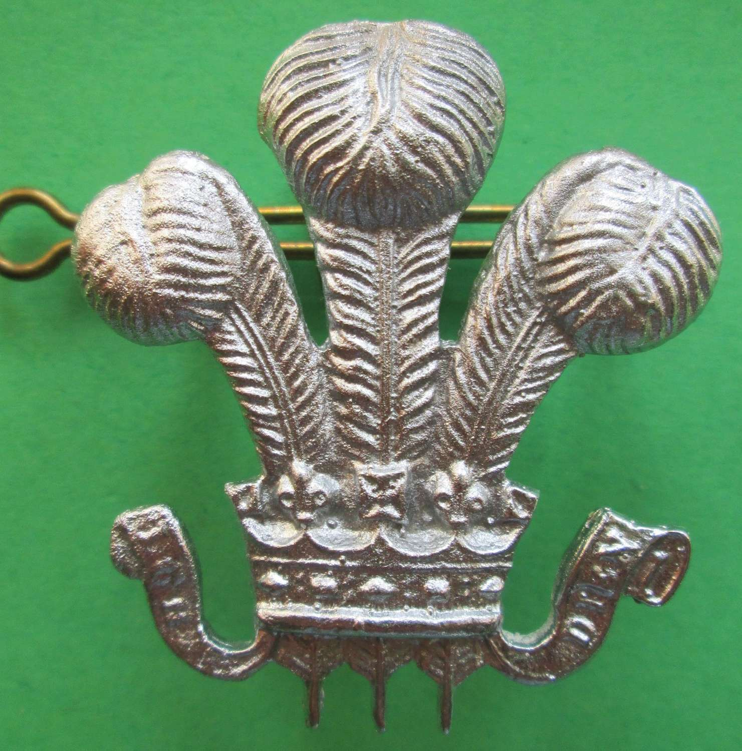 A WILTSHIRE YEOMANRY OTHER RANKS ARM BADGE