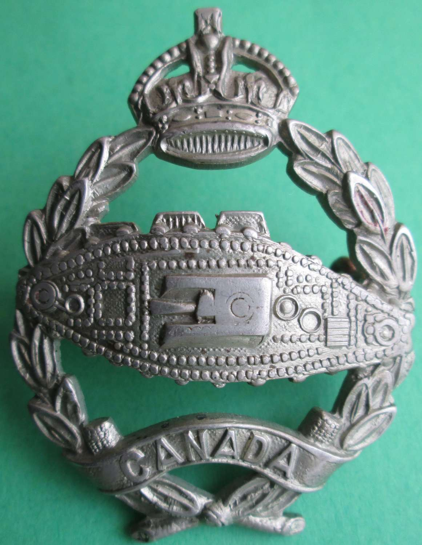 A ROYAL CANADIAN TANKS CORPS CAP BADGE