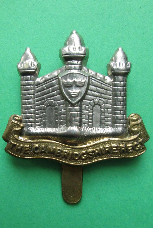 WWII PERIOD CAP BADGE FOR THE CAMBRIDGESHIRE REGIMENT