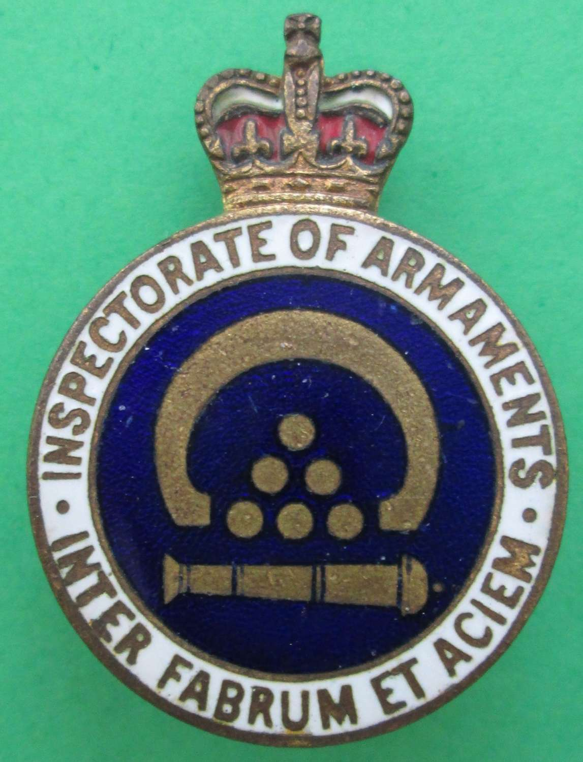 ENAMEL BADGE FOR THE INSPECTORATE OF ARMAMENTS