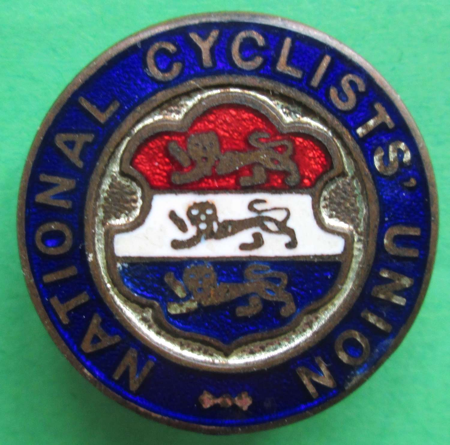 NATIONAL CYLCLIST UNION BADGE