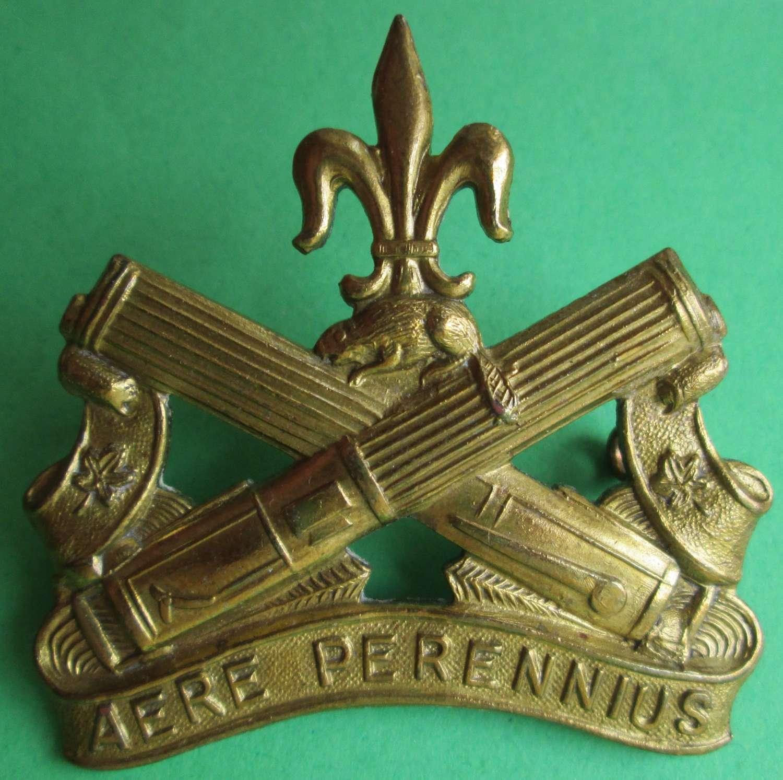 A REGIMENT DE LA CHAUDIERE CANADIAN ARMY BADGE