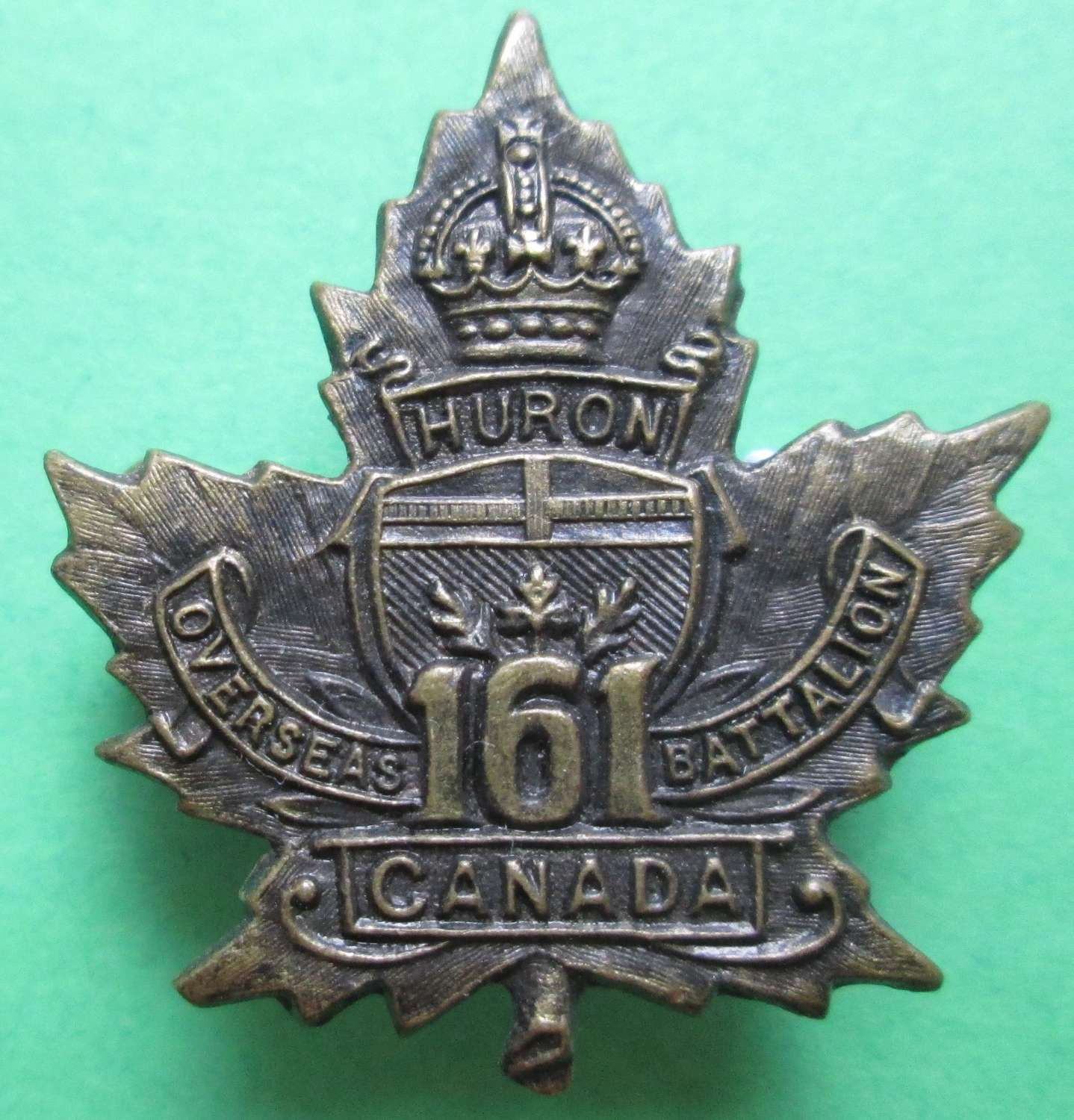 A WWI 161st  INFANTRY BATTALION CANADIAN COLLAR BADGE