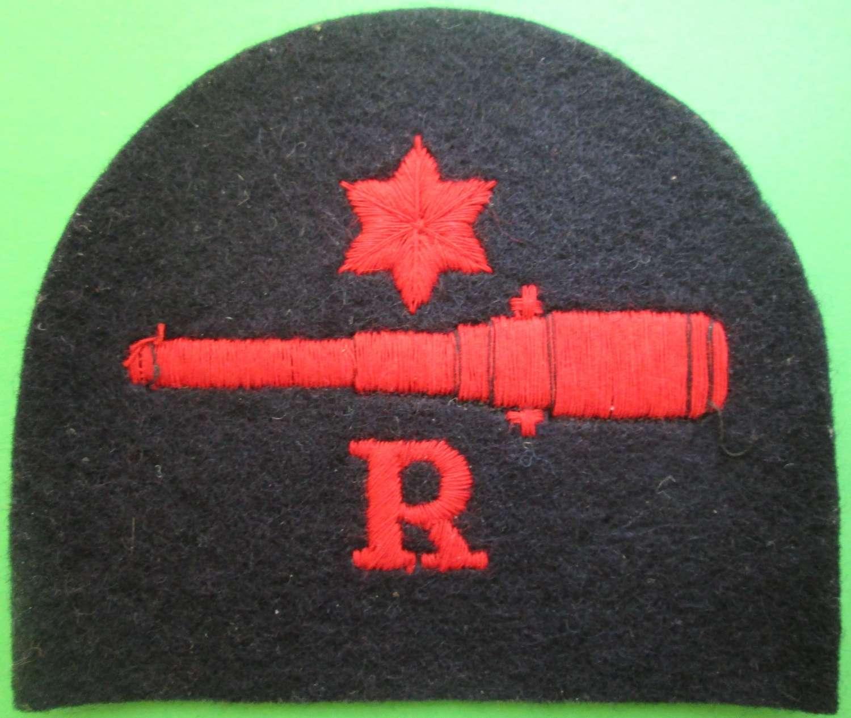 WWII ROYAL NAVY PERIOD GUNNER STAR BADGE (RADIO BRANCH)