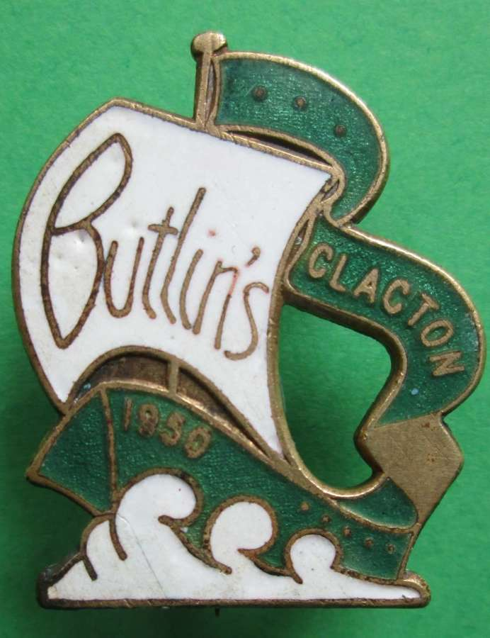 OLD STYLE BUTLINS PIN BADGE FROM 1950